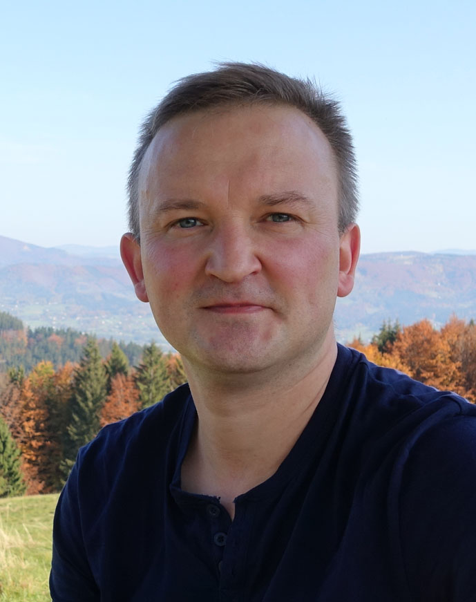 dr Krzysztof Ostafin